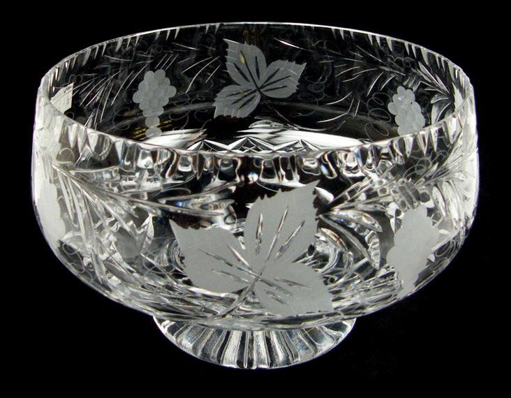 7 inch Plinth Bowl Grapevine