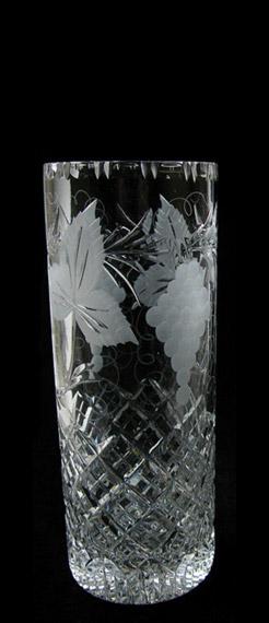 8 inch Cylinder Vase Grapevine