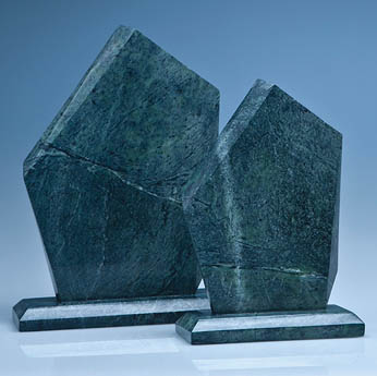 25cm Green Marble Facetted Ice Peak Award*
